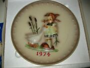 1974 Hummel Goebel 4th Annual Collector Plate Goose Girl W Box And Insert Card