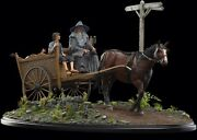 Weta Lord Of The Rings Masters Collection Gandalf And Frodo Cart Statue Enviroment