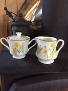 Japanese Berkeley House Fine China Creamer And Sugar And Lid Set 5452 Meadow Song