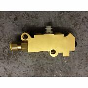 Proportioning/combination Brake Valve 1976-1986 Ford F150 F250 F350 Bronco Truck