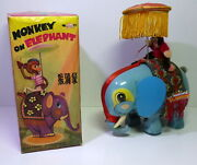 Vintage Chinese B/o Me 776 1960and039s Monkey On Elephant In Original Box