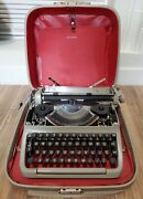 Facit Privat Swedish Portable Manual Vintage Typewriter-1960andrsquos With Case-read