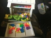 Vintage Fisher Price Little People Play Family 923 School House