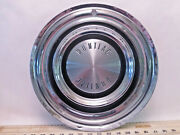 One Vintage 1960and039s To 1970and039s Original Pontiac Full Size 14 Hub Cap - T5