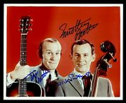 Smothers Brothers Tom And Dick Signed 2 Autographed 8 X 10 Photo - Psa Dna