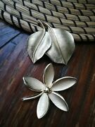 Two Vintage Crown Trifari Brushed Textured Leaves And Flower Gold Pins Brooches