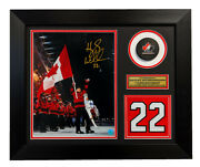 Hayley Wickenheiser Team Canada Signed Hall Of Fame Jersey Number 20x24 Frame