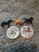Vintage 3 Breyer Horses Plastic Horses And Buttons