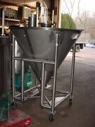 39 Cu. Ft. 294 Gallon Polished Stainless Steel Cone Tank Powder Hopper