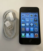 Apple Ipod Touch 4th Generation Black 32 Gb - Spots On Lcd Screen