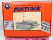 Lionel 6-12052 Grade Crossing With Flashers Fastrack