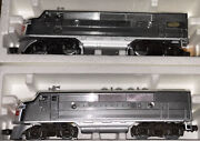 Lionel Train Burlington F3a Dual Motor Diesel And Matching Non-powered Unit +