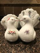 Lladro Porcelain Spain Kissing Doves Figurine With Flowers Leaves 6359 Perfect