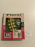 Britains Miniature Floral Garden Tulips Daffodils 2538 Old Shop Stock S6