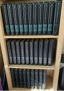 Encyclopedia Britannica 15th Edition Set 1984 30 Volumes Complete. Well Kept
