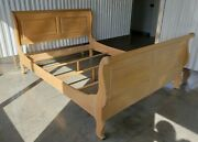 Ethan Allen Country French Queen Sleigh Bed Item 26-5611 In 270 Bisque Finish