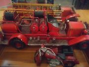 Vintage Fire Truck And Motorcycle Toys Fire Truck 24.5l 7.5 W Motorcycle12l 5 W
