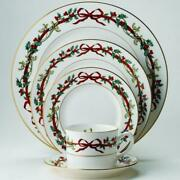 Royal Worcester Holly Ribbons 5-pc Place Setting Svc For 8 New In Box