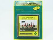 N 1/160 Scale Railway Express Miniatures Kit 2181 Deluxe Gas Station Detail Set