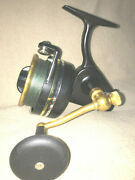 Penn 706z Spinning Reel Bailess Manual Pickup. Excellent Condition