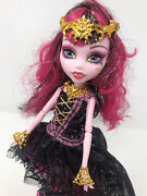 Monster High Doll Draculaura 13 Wishes W/lamp Used
