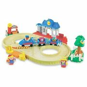 Rare New Little People Lil Movers Train Town Motorized Playset Farm Animal