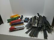 Tyco Electric Train Set With Santa Fe With 70 Pcs Tracks What U See Is What Get