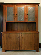 Primitive Hutch Handcrafted