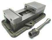 Kurt Anglock 4 Milling Machine Vise W/ Jaws And Handle - D40