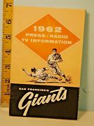 1962 San Francisco Giants Press Tv Radio Media Guide And Schedule Ff