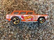 Large Hot Wheels Collection Over 160 Pcs. 1969-2000 Includes 2 Books