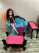 Monster High - Draculaura With Furniture Lot - Used