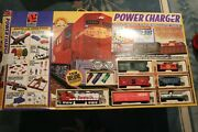 Lifelike Trains Power Charger Santa Fe 89x38 Oval Ho Scale Complete Set In Box