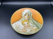 Veneto Flair Italy Plate, By V Tiziano, 1973, Mother And Child, 8 3/4 Diameter