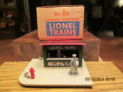 Lionel 128 Animated News Stand