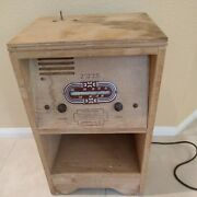 Antique Vintage Aldingson Co 25 Coin Operated Tube Radio End Table Powers On