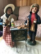 2001 Byers Choice Woman Selling Gingerbread Cookies To Customer Signed