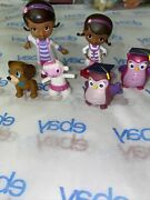 Lot Of 6 Genuine Disney Doc Mcstuffins Pvc Character Toys / Cake Toppers Read