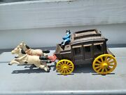 Vintage Cast Iron Horse Drawn Cab Carriage Great Condition