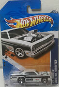 Hot Wheels Plymouth Duster Thruster Hw Performance White And Black 5 Spoke Tires
