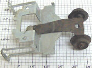 Lionel 1130-1 Front Truck And Bracket Assembly 1