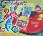 Crayola Crayon Melt N Mold Factory Model 74-7060 Age 8+ Recycle Your Old Crayons