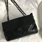 Classic Vintage Flap Bag In Black Quilted Lamb Leather - 3 Compartment