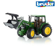Bruder Toys 02052 John Deere 6920 Tractor With Front Loader + Jaws 116 Scale