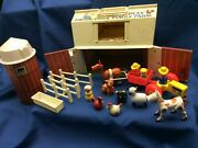 Fisher Price Play Family Farm 915 1968-1979 Complete Vintage Little People Set