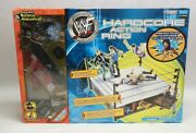 New Jakks Pacific Wwf Hardcore Action Ring W82435 W/ Mick Foley Ref And Announcer