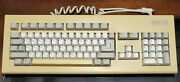 Commodore Amiga 2000 Keyboard, Kkq-e94yc, Yellowed, Tested And Working Great