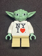 Lego Star Wars Yoda Exclusive Minifigure Ny 2013 Times Square