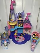 Fisher Price Little People Disney Princess Songs Palace-2 Coaches, 11 Figures
