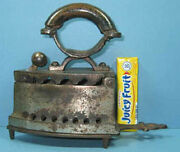 Authentic And Old Toy Charcoal Iron W/trivet Very Cute Now On Sale Ci 852